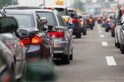 Νέος Κ.Ο.Κ.: Αφαίρεση διπλώματος για κράνος, ζώνη και κινητό και ανώτατο όριο ταχύτητας τα 150 χλμ/ώρα!