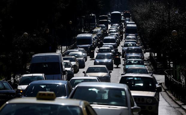 Μεγαλύτερη η ρύπανση από οχήματα στην Αθήνα από το μέσο όρο μεγάλων ευρωπαϊκών πόλεων